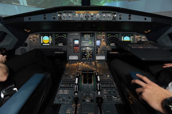 Originaler Airbus A320 Simulator